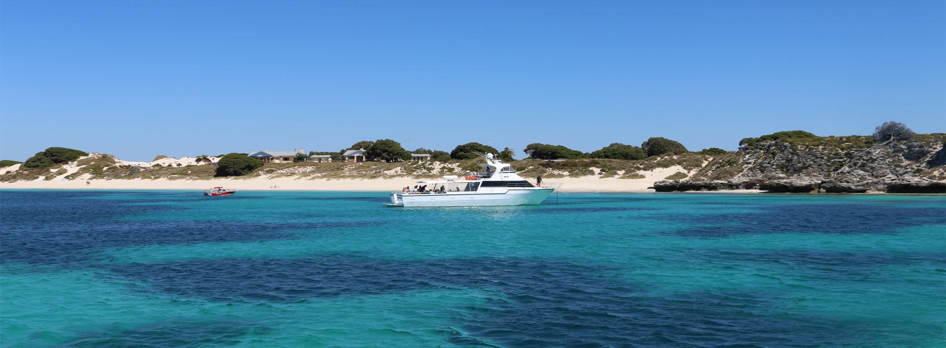 ROTTNEST thompson bay boat
