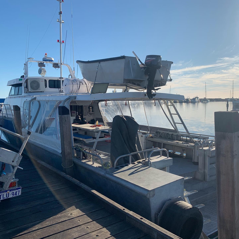 SOUTHERN IMAGE boat chatrers Hillarys jetty