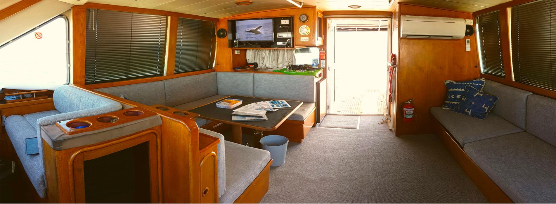TRADEWINDS III interior cabin