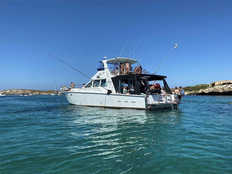 TRADEWINDS III snorkel trip
