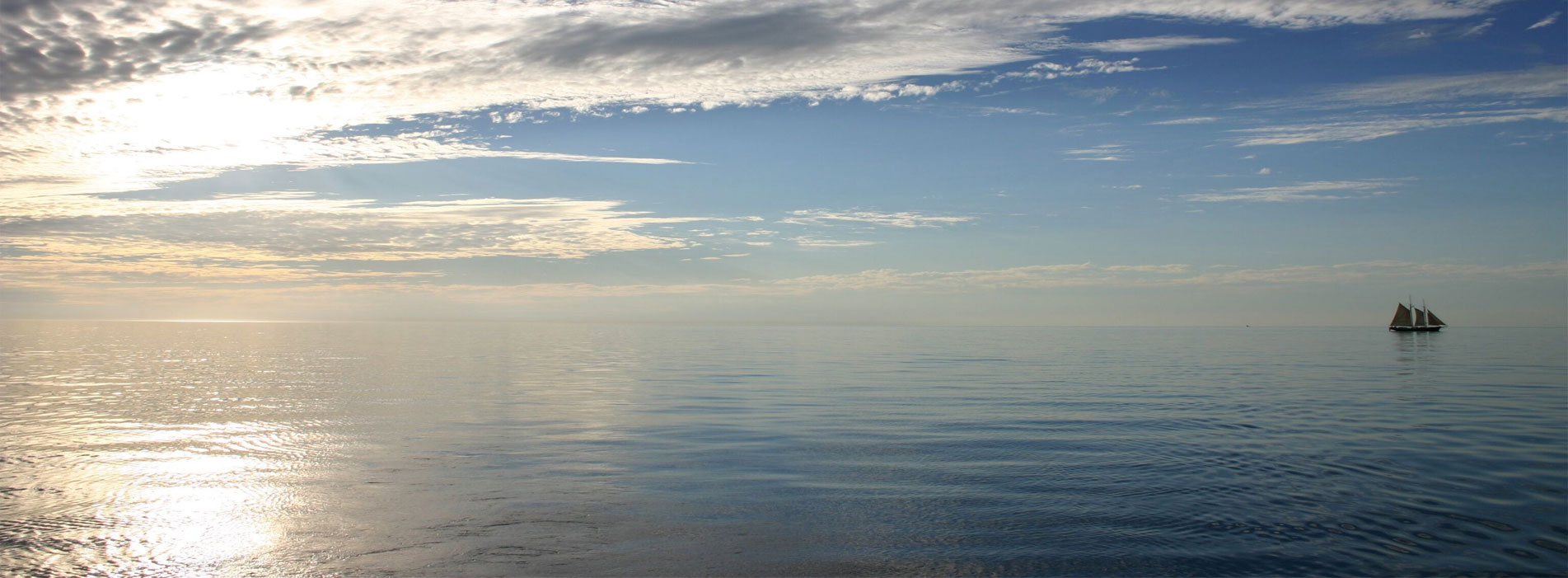 WILLIE-pearl-lugger-coastal-cruise