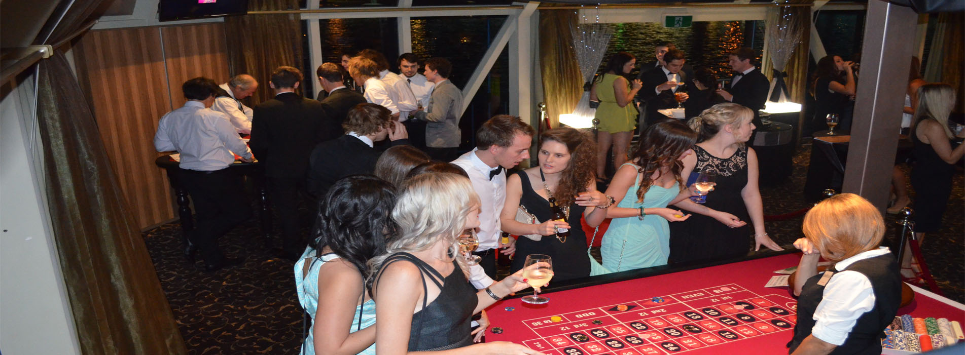CRYSTAL SWAN Perth boat charters casino night