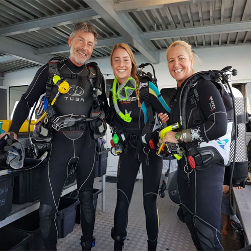 LIONFISH IV dive charters family