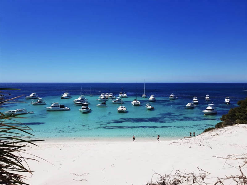 ROTTNEST ISLAND EVENT TIDE CATAMARAN HIRE PERTH