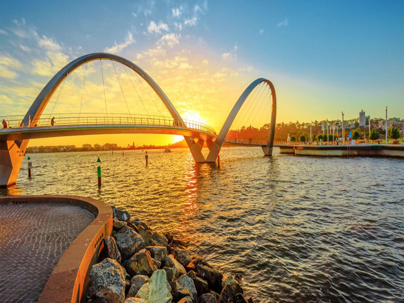 PERTH city sunset cruise Piglet